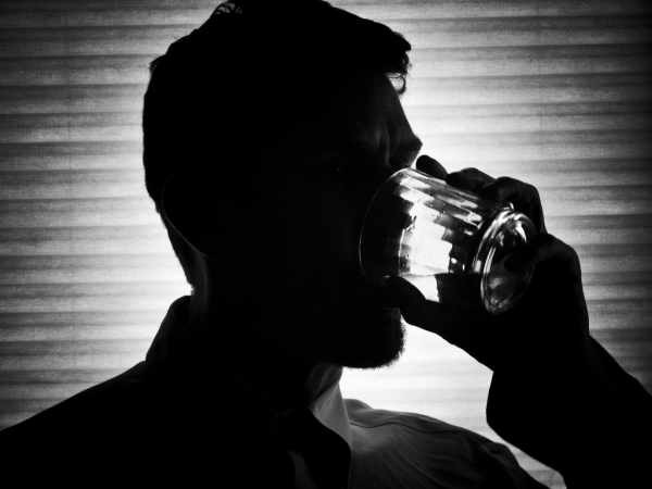 Early Signs of Alcoholism | Clearbrook Treatment Centers